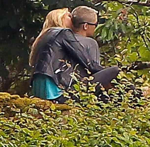 Kristen Stewart está orgullosa de su romance lésbico