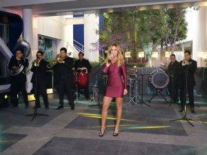 Lucero reggaeton dueto banda disco telenovela espectáculos