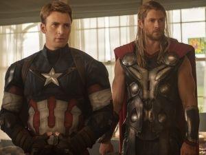Avengers Infinity War Scarlett Johansson personajes robert downey jr foto