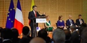 Juan Manuel Santos: 'Las FARC dejan de existir hoy'