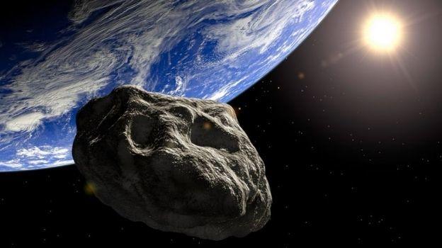 Un gran asteroide se acerca a la Tierra, ¿podría ser peligroso?