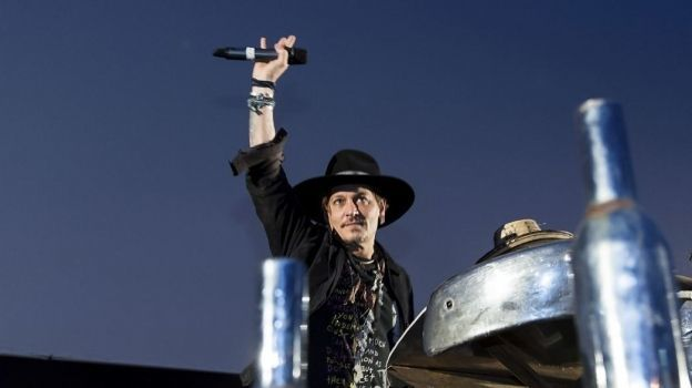 Johnny Depp ofrece disculpa por broma sobre asesinato de Trump