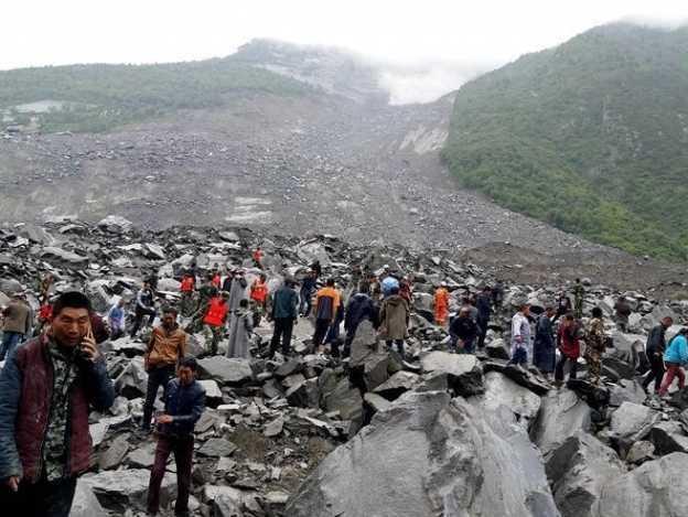 Deslizamiento de tierra deja más de 100 desaparecidos en China