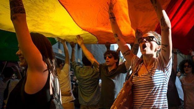 Turquía prohíbe la marcha del orgullo gay por segundo año