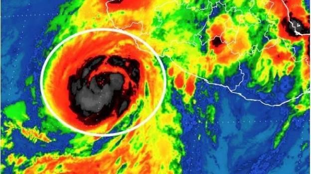 Se forma el huracán 'Dora' frente a costas de Colima y Jalisco