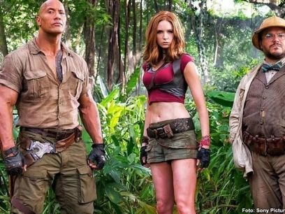 http://espectaculos.televisa.com/cine/trailers/1016007/jumanji-2-welcome-to-the-jungle-avance-dwayne-johnson-rock/