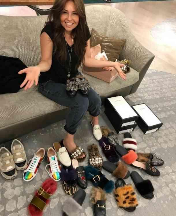 Thalía mostró su adicción en redes sociales