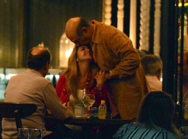 Lucero fue captada con su pareja en un restaurante de la Ciudad de México