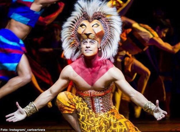 Carlos Rivera participó con éxito en la puesta en escena El Rey León en España