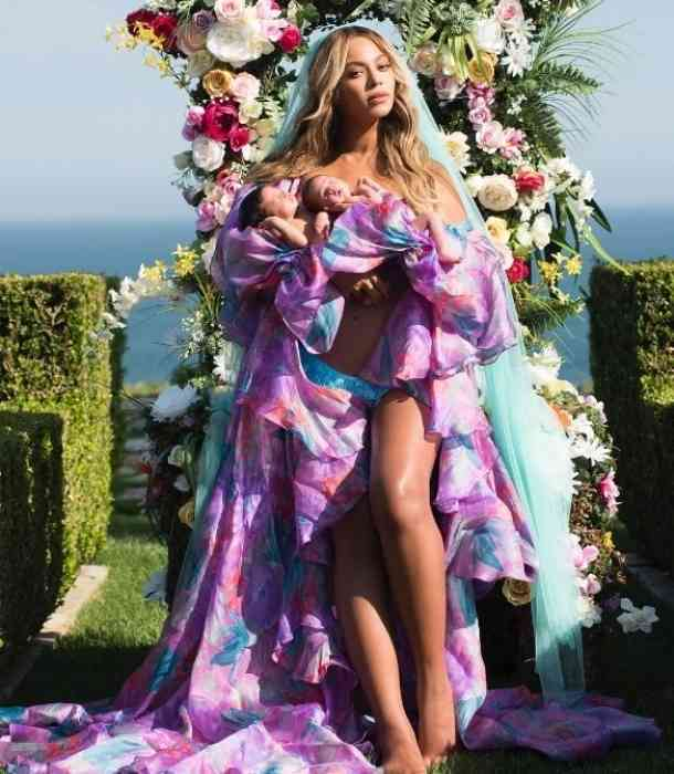Beyoncé presumió a sus mellizos