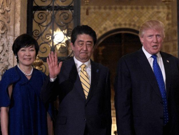 Primera dama japonesa habría fingido no saber inglés para no hablar con Trump