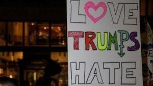 Trump veta a transgéneros de la milicia