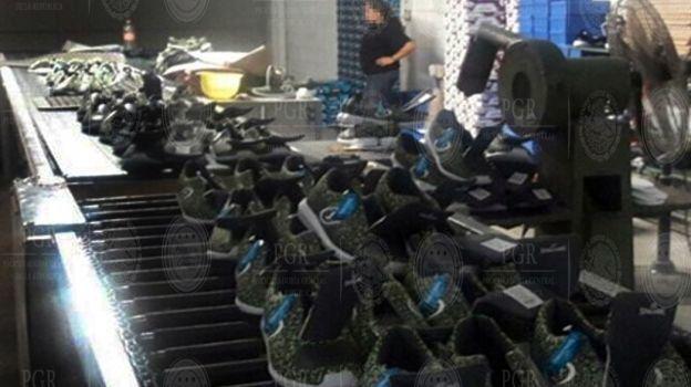 Decomisa la PGR más de 700 tenis pirata en Guanajuato