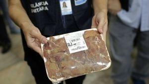 Lavar carne de pollo cruda es riesgoso para la salud: Reino Unido