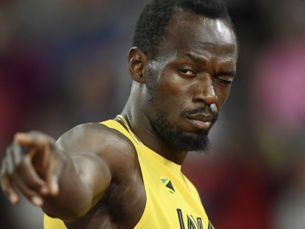 Ofrecen hamburguesas a Bolt para volverse futbolista