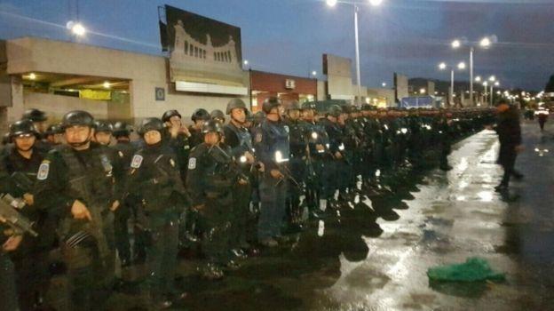 Despliegan 600 policías para operativo en Central de Abasto