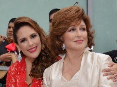 http://espectaculos.televisa.com/farandula/angelica-vale-quiere-una-bioserie-mama-angelica-maria/