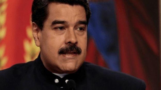 Maduro pide ayuda al papa contra amenaza militar de EU