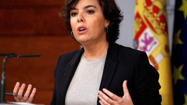 España pone nuevo plazo a Puigdemont para responder sobre independencia