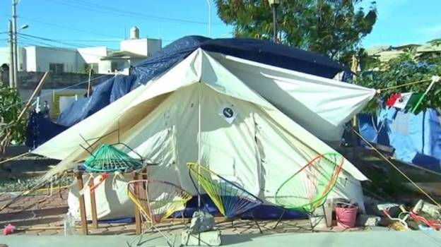 Viento complica situación para damnificados en Oaxaca