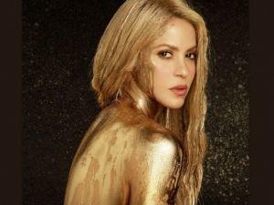 ¡Shakira se pasa de sensual con candentes movimientos de cadera!
