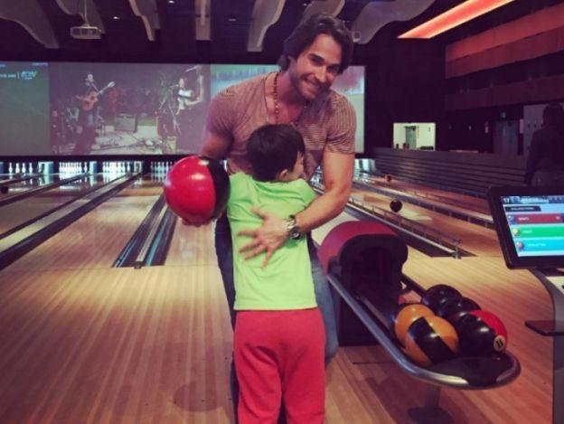 Sebastián Rulli demuestra en Instagram que... ¡Es un 'Papá A Toda Madre'!