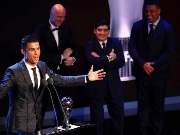 ¡Cristiano V, rey del futbol!