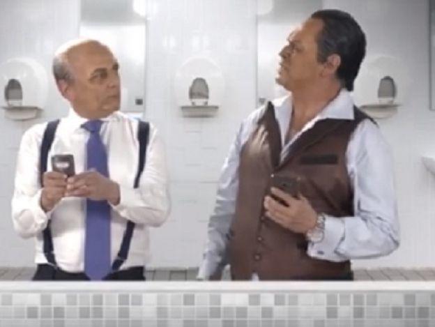 'Ferriz' y 'El Potro' juntos en el baño