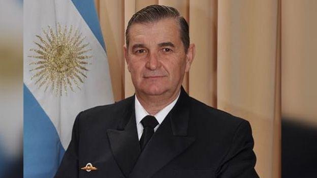 Gobierno destituye al jefe de la Armada tras caso submarino