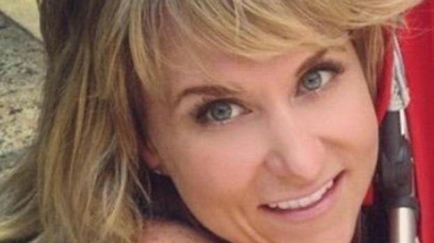 Mujer enferma de gripe y muere solo dos días después