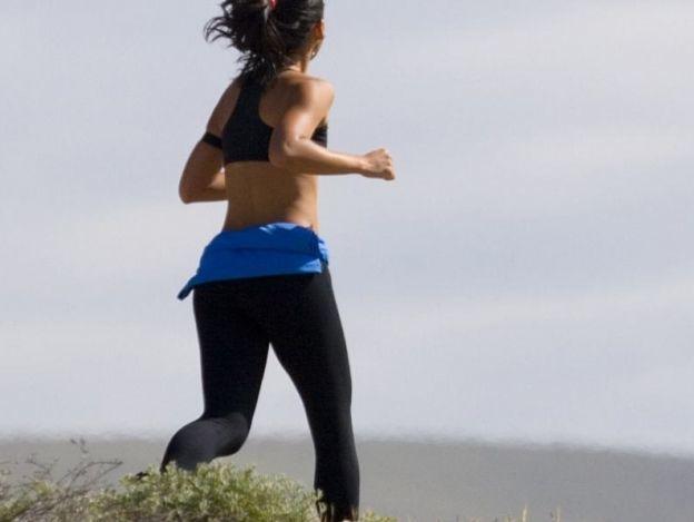 ¿Cuánto debes correr diariamente para comenzar a adelgazar?