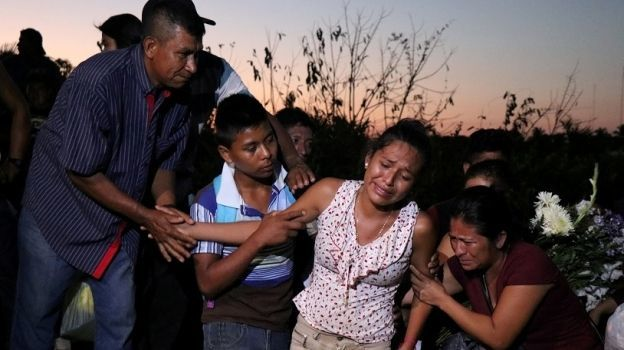 Sepultan a nueve víctimas por desplome de helicóptero