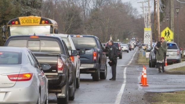 Estudiante se dispara a sí mismo en una escuela secundaria de Ohio