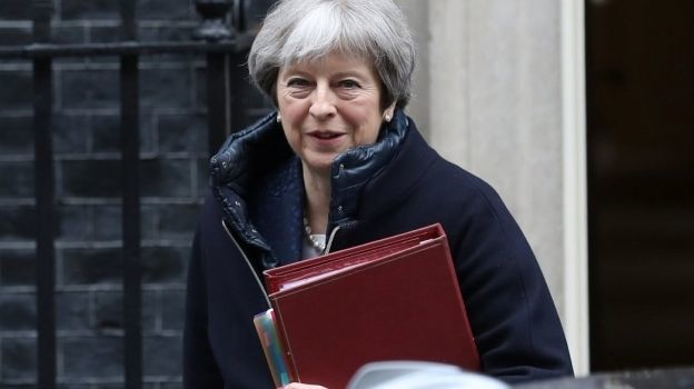 May: no vamos a tolerar amenazas de Rusia a británicos