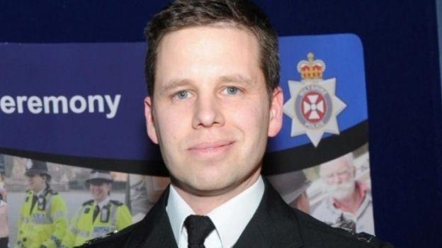 Detective británico afectado por toxina en Salisbury sale de estado 'crítico'