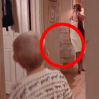 ¿Un fantasma apareció en 'Malcolm el de en medio' y no lo notaste?